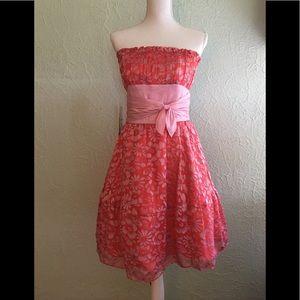 BETSEY JOHNSON Sz 6 Evening Floral Red/Pink Dress